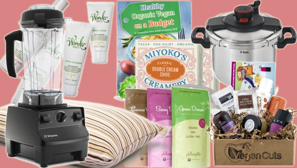 12 Days of Vegan Christmas: Epic Giveaway!