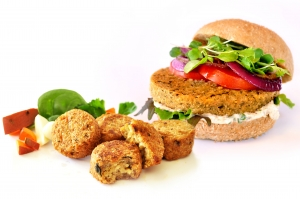 Recipe & Review: Low Allergen Veggie Burgers from Hilary's